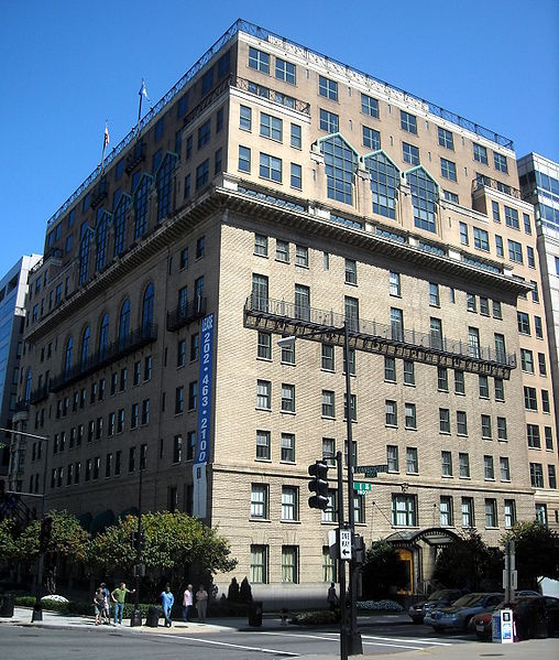 Army and Navy Club Building, September 2009