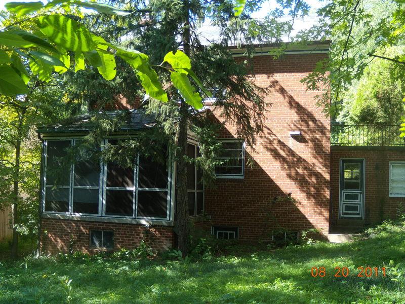 Franklin Kameny Residence, Rear